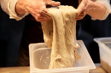 Ciasto na chleb – Zostań mistrzem wyrabiania ciasta na chleb